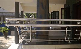 نرده استیل ساختمان در هر متر طول